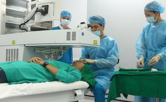 9 bước phẫu thuật Phaco người đục thủy tinh thể nhất định phải biết