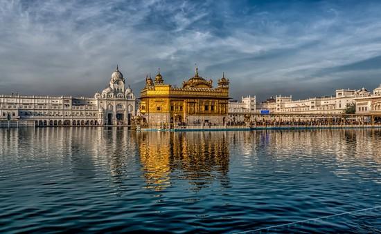 Ấn Độ cấm du khách chụp ảnh trong Đền Vàng để gìn giữ sự tôn nghiêm