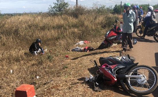 Xe tải tông xe máy, 3 chị em trong một gia đình tử vong