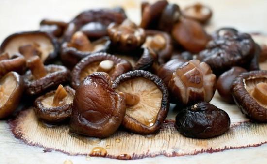 Nấm hương giúp giảm lượng cholesterol