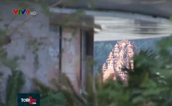 Ồ ạt xây công trình cao tầng che khuất di tích Tháp Bà Ponagar