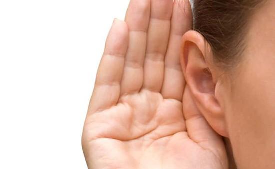 Căn bệnh lạ khiến người phụ nữ không nghe được giọng đàn ông