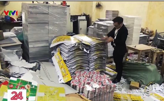 Cận cảnh cơ sở in ấn bao bì bánh kẹo, hàng hóa giả, nhái tại La Phù