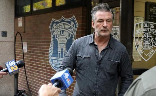 Diễn viên Mỹ Alec Baldwin hầu tòa vì tội hành hung