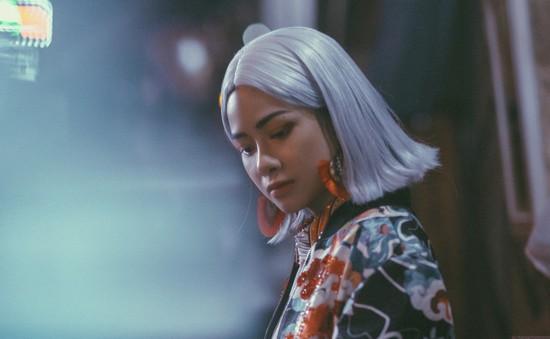 Sau bản hit 10 triệu view, Dương Hoàng Yến lột xác hoàn toàn với hình ảnh cá tính