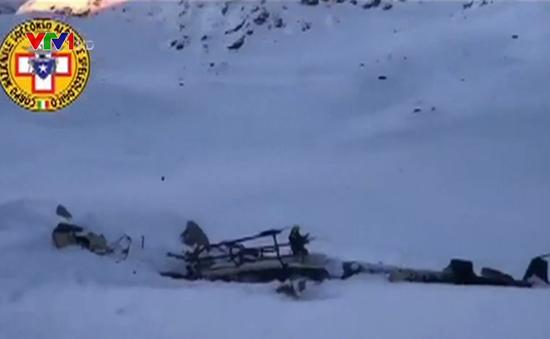 Đâm máy bay tại Italy, 5 người thiệt mạng