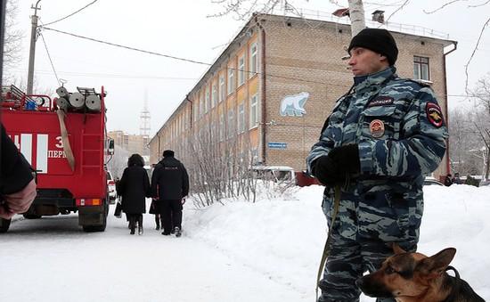 Đóng cửa hàng trăm trường học tại Nga sau đe dọa đánh bom