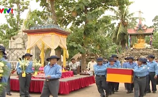 Hàng chục nghìn chiến sĩ quân tình nguyện Việt Nam hy sinh trong cuộc chiến chống Khmer Đỏ