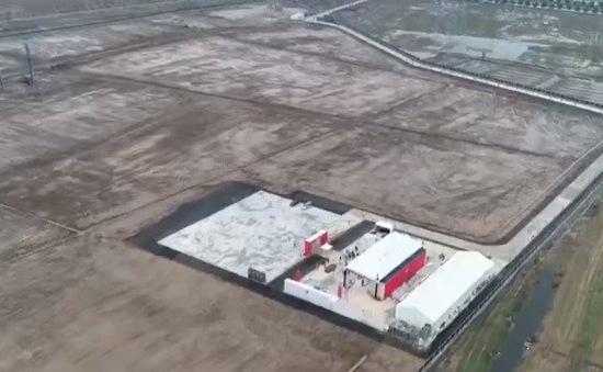 """""""Canh bạc"""" 2 tỷ USD của Tesla ở Trung Quốc"""