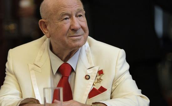 Vĩnh biệt phi hành gia huyền thoại Alexei Leonov