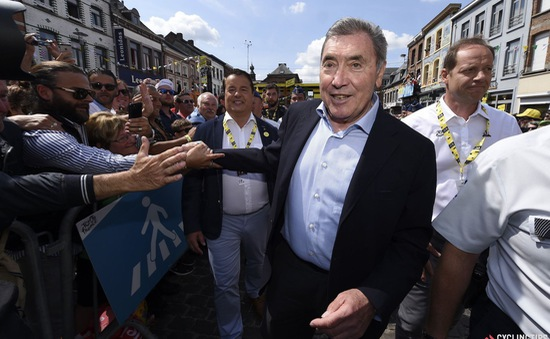 Cựu tay đua Eddy Merckx nhập viện