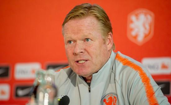 LĐBĐ Hà Lan lo ngại việc có thể mất HLV Ronald Koeman
