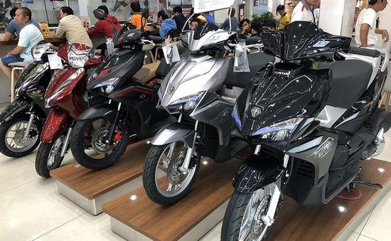 Thị trường xe máy tăng trưởng âm, giá giảm