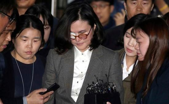 Gian lận để con vào đại học, vợ cựu Bộ trưởng Bộ Tư pháp Hàn Quốc bị bắt