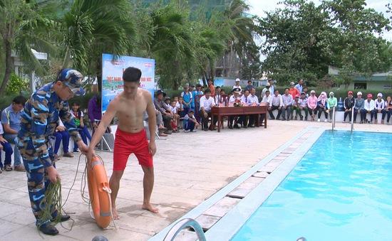 Ứng cứu nạn nhân đuối nước - khoảng trống ở vùng biển