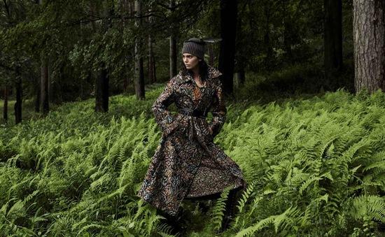Kendall Jenner lạnh lùng trên Vogue tháng 11