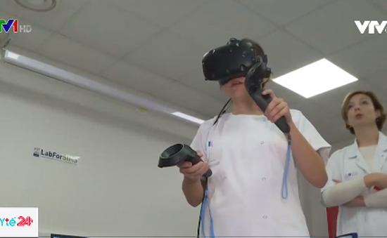Pháp sử dụng thực tế ảo trong đào tạo bác sĩ