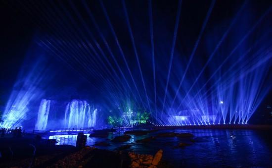 """""""Lễ hội ánh sáng thác Bản Giốc 2019"""" – Nơi thần thoại biến hóa thành không gian nghệ thuật"""