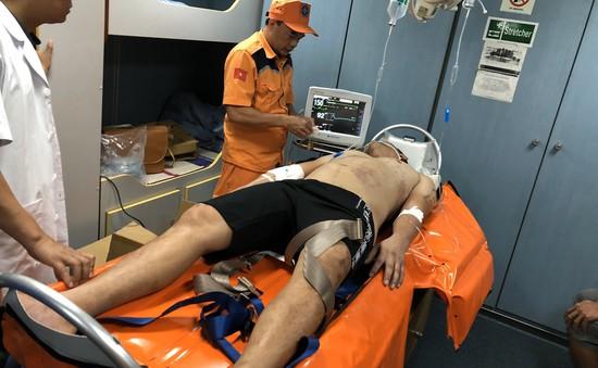 Cứu sống bệnh nhân bị trụy tim khi đang lặn sâu dưới biển gần đảo Bạch Long Vĩ