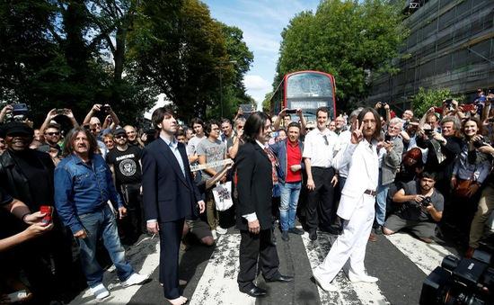 """Sự trở lại của album """"Abbey Road"""" sau nửa thế kỷ"""