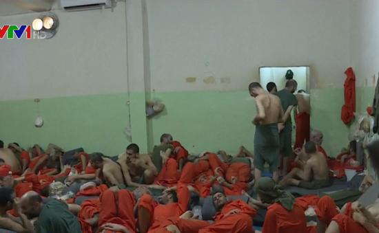 Thổ Nhĩ Kỳ bắt đầu hồi hương tù nhân IS nước ngoài