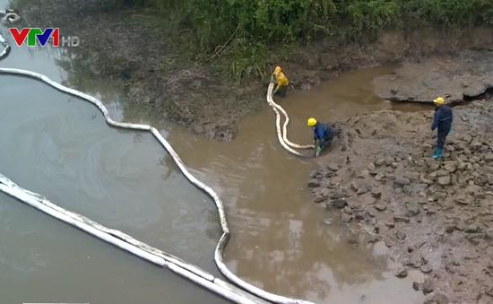 Cơ bản khắc phục sự cố tràn dầu tại công ty xi măng ở Hải Phòng