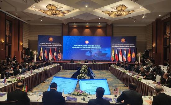 Khai mạc Hội nghị Bộ trưởng Giao thông Vận tải các nước ASEAN lần thứ 25