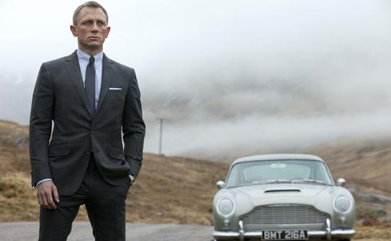 """""""No Time To Die"""": James Bond sẽ kết hôn?"""