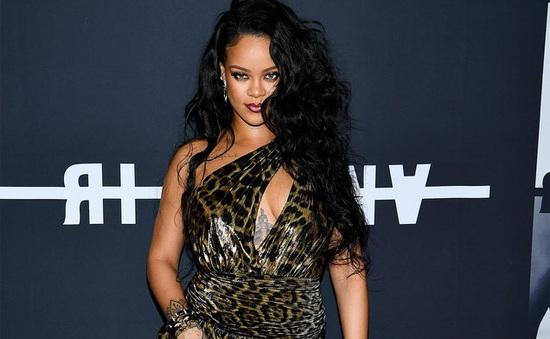Rihanna: Tôi đang lớn lên!