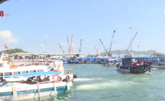 Khánh Hòa: Tăng cường kiểm soát phương tiện đường thủy nội địa