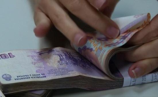 Xuất nhập khẩu ngoại tệ sai quy định, phạt tới 250 triệu đồng