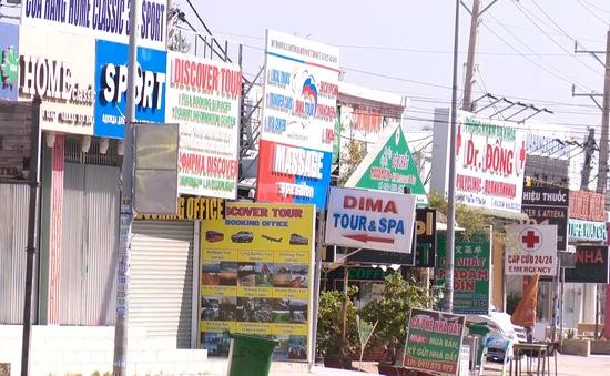 Bình Thuận chấn chỉnh biển hiệu quảng cáo bằng tiếng nước ngoài