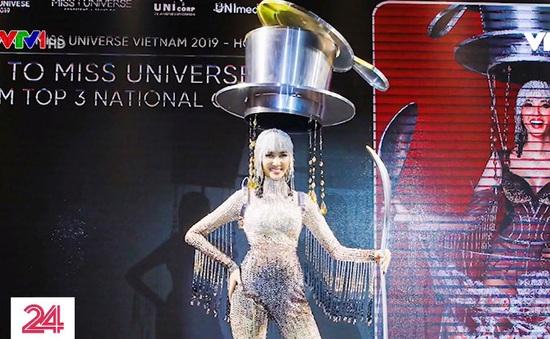Tranh cãi trang phục dân tộc dự thi quốc tế