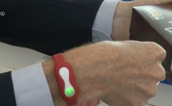 Đồng hồ thông minh cho lời khuyên mua sắm dựa trên ADN