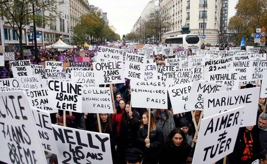 Pháp công bố biện pháp bảo vệ nữ giới thoát khỏi bạo lực
