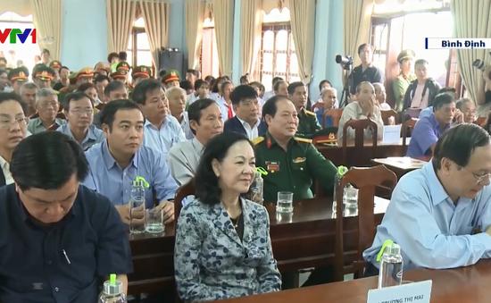 Trưởng Ban Dân vận Trung ương dự chương trình trao tặng 1 triệu cây xanh