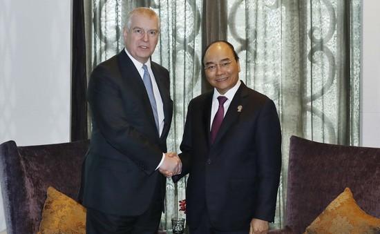 Thủ tướng Nguyễn Xuân Phúc tiếp Hoàng tử Anh Andrew