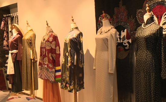 Cần công bố áo dài là quốc phục của Việt Nam
