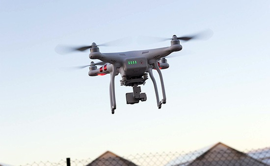 Từ 30/11, điều khiển drone không đăng ký ở Anh sẽ bị phạt 1.000 Bảng