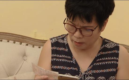 Hoa hồng trên ngực trái - Tập 27: Mẹ Khuê bất ngờ trúng xổ số?