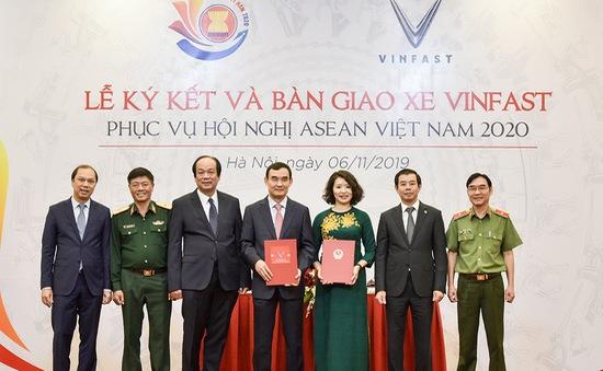 VinFast bàn giao xe phục vụ Hội nghị ASEAN 2020