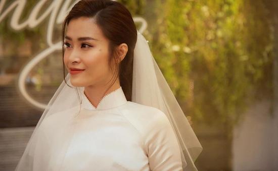 Diện áo dài giản dị, Đông Nhi đẹp xuất thần trong lễ rước dâu
