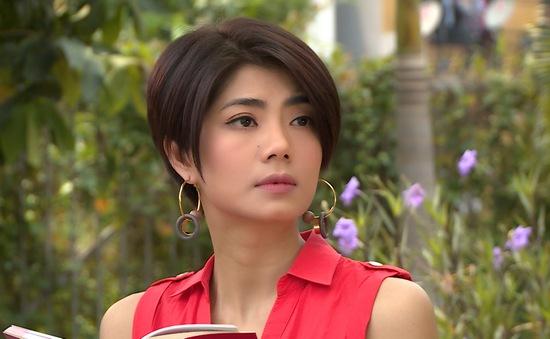 Đàm Phương Linh vừa tái xuất màn ảnh đã khiến Hà Trí Quang mê mẩn, yêu say đắm ngay cái nhìn đầu tiên