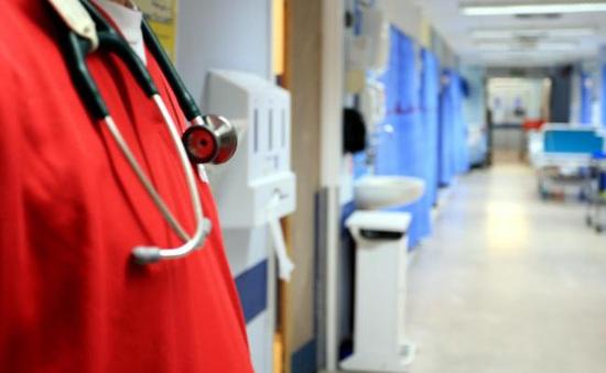 Anh sẽ nới lỏng thị thực cho người nhập cư làm việc trong lĩnh vực y tế