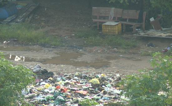Cải tạo đường ngăn đổ rác xuống sông
