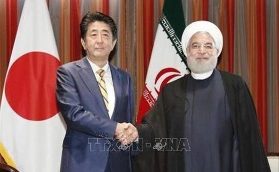 Thủ tướng Abe xác nhận về chuyến thăm Nhật Bản của Tổng thống Iran