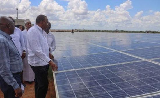 Nhà máy điện mặt trời lớn nhất Đông Phi đi vào hoạt động