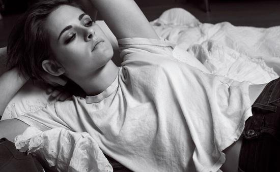 """Nhận giải """"Nữ diễn viên của thập kỷ"""", Kristen Stewart có xứng đáng?"""