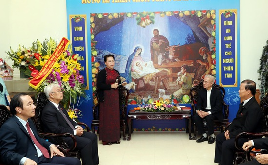 Chủ tịch Quốc hội chúc mừng Giáng sinh Ủy ban Đoàn kết Công giáo Việt Nam
