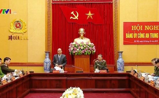 Thủ tướng Nguyễn Xuân Phúc: Bảo vệ tuyệt đối an ninh, an toàn đại hội đảng bộ các cấp